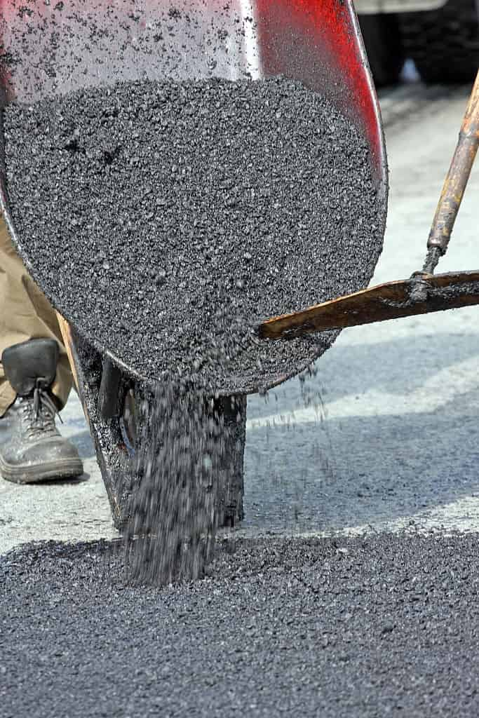 Paving installation